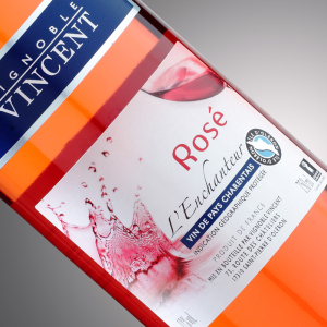 vin rosé l'enchanteur Vignoble Vincent