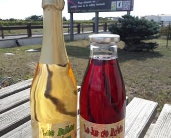 nouveau jus de raisin rouge et jus de raisn blanc pétillant