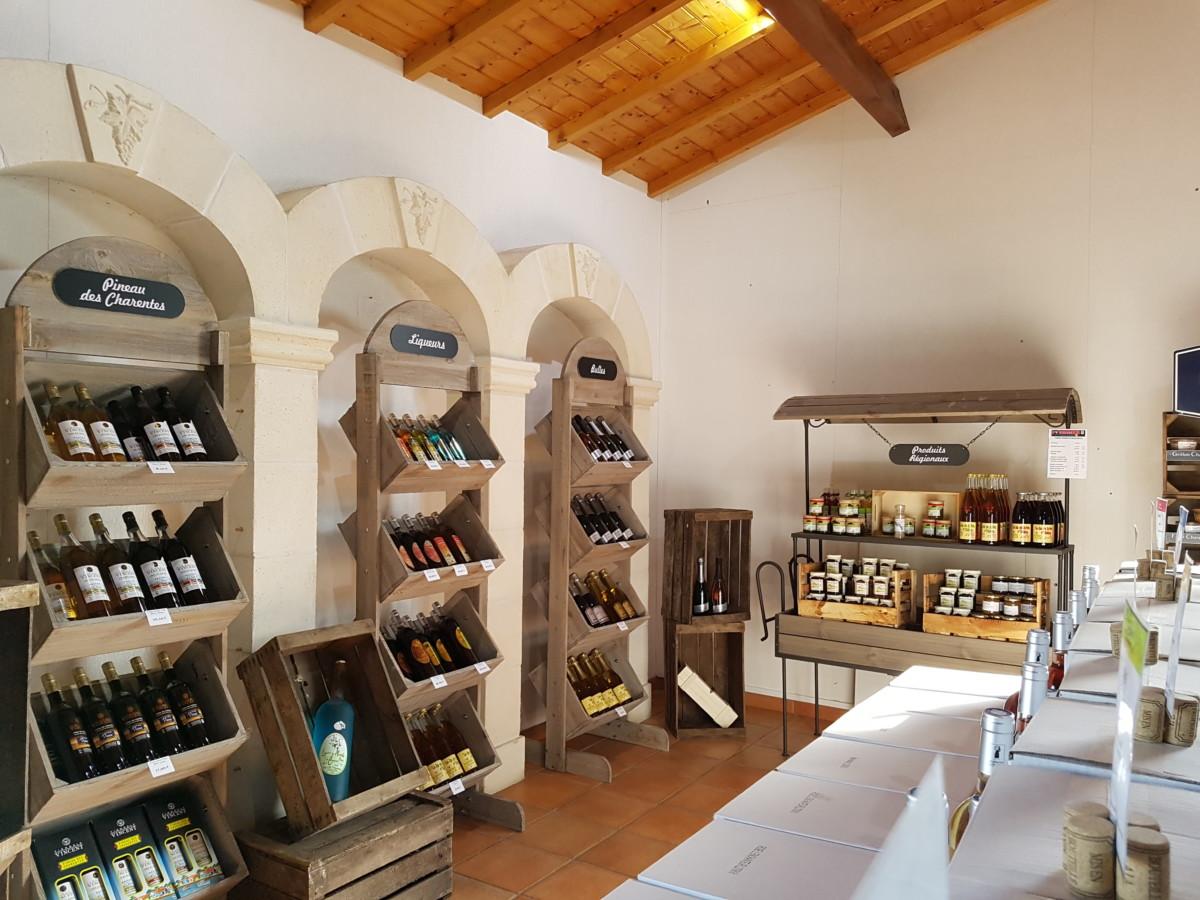 vue intérieur magasin Vignoble Vincent